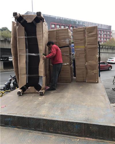 紅木家具卸貨
